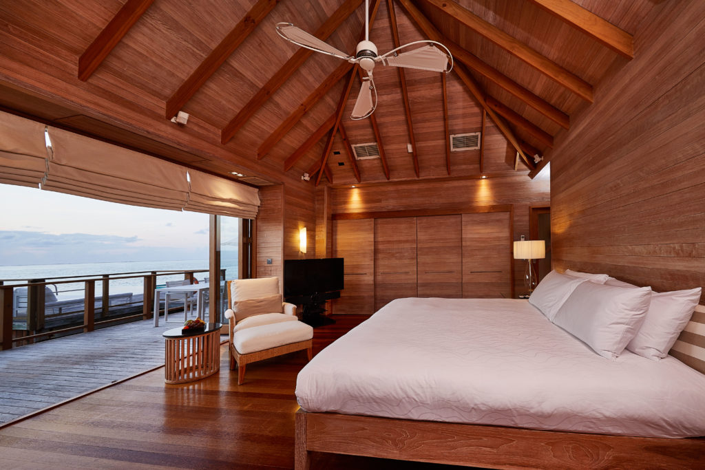 CONRAD MALDIVES RANGALI ISLAND_Villas_Sunset Water Villa_Second bedroom_credit Justin Nicholas hi-res -