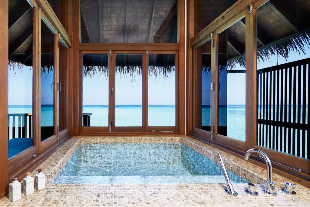 CONRAD MALDIVES_Family_Retreat Water Villa_bathroom_architectural_credit Justin Nicholas - hi-res