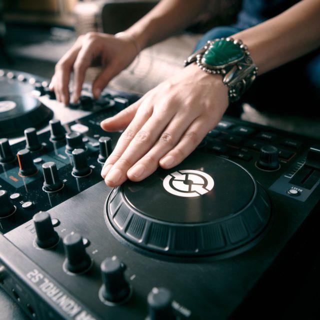 Hard Rock Hotel -DJ (2)